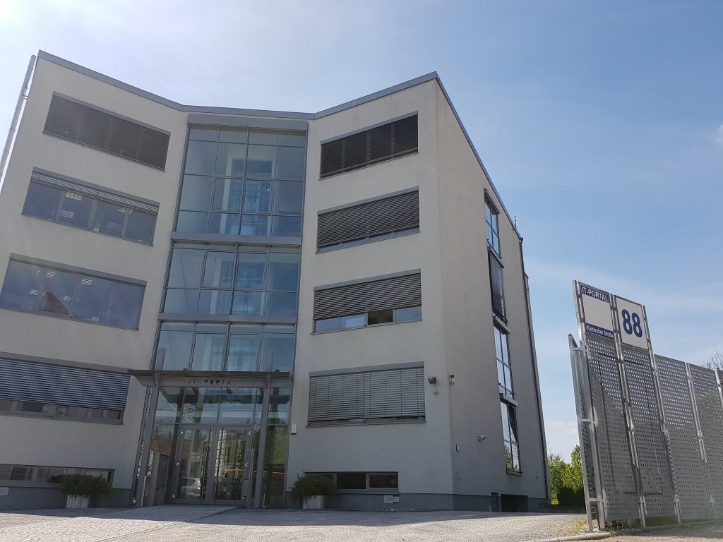 Außenfassade Standort Mehrwerk Karlsruher Straße